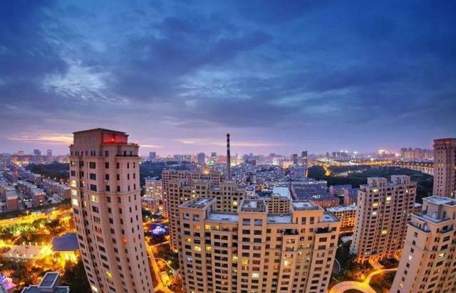 """世界""""房价收入比""""排名:中国数据太抢眼,揭露房奴们的心酸"""